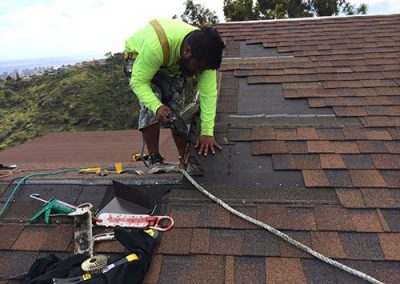 Fixing Shingles on Hawaii Home Roof