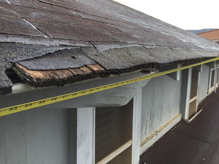 Kaimuki Home Roof - Before Photo